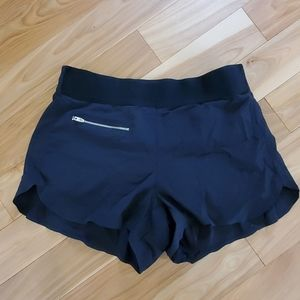 Athleta Trekkie shorts